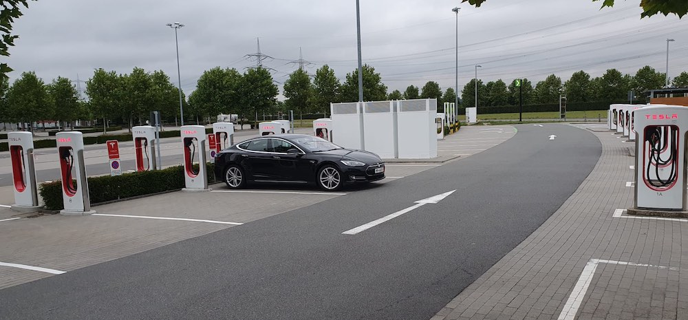 Getting Tesla Model S P85D from Germany